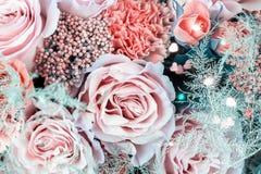 Κινηματογράφηση σε πρώτο πλάνο ανθοδεσμών λουλουδιών στοκ φωτογραφίες