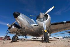Κινηματογράφηση σε πρώτο πλάνο ενός εκλεκτής ποιότητας αεροπλάνου στον αέρα και το διαστημικό μουσείο Tucson PIMA Στοκ φωτογραφία με δικαίωμα ελεύθερης χρήσης