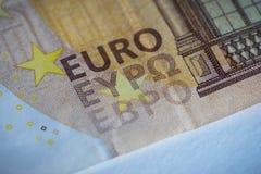 Κινηματογράφηση σε πρώτο πλάνο ενός ευρο- τραπεζογραμματίου 50 στοκ εικόνες