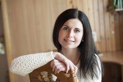 Κινηματογράφηση σε πρώτο πλάνο ενός νέου χαμόγελου γυναικών Στοκ φωτογραφία με δικαίωμα ελεύθερης χρήσης