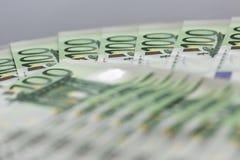 Κινηματογράφηση σε πρώτο πλάνο 100 ευρο- τραπεζογραμματίων Στοκ Εικόνες