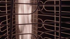 Κινηματογράφηση σε πρώτο πλάνο θερμαστρών αερίου φιλμ μικρού μήκους