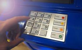 Κινηματογράφηση σε πρώτο πλάνο μηχανών του ATM Στοκ Εικόνα