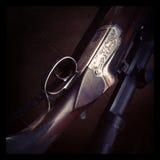 Κινηματογράφηση σε πρώτο πλάνο πυροβόλων όπλων κυνηγών στοκ εικόνα με δικαίωμα ελεύθερης χρήσης