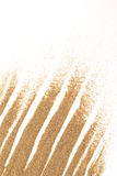 Κινηματογράφηση σε πρώτο πλάνο της άμμου σε ένα λευκό για τη χρήση ανασκόπησης Στοκ φωτογραφίες με δικαίωμα ελεύθερης χρήσης