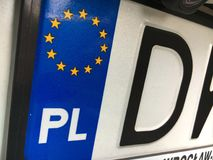 Κινηματογράφηση σε πρώτο πλάνο του πολωνικού πιάτου αυτοκινήτων εγγραφής στοκ εικόνες