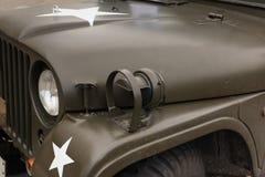 Κινηματογράφηση σε πρώτο πλάνο του φωτός στρατιωτικών οχημάτων ` s Στοκ Φωτογραφίες