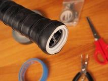 Κινηματογράφηση σε πρώτο πλάνο λαβών ρακετών αντισφαίρισης της κοιλότητας μέσα στοκ φωτογραφίες με δικαίωμα ελεύθερης χρήσης