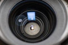 Κινηματογράφηση σε πρώτο πλάνο ανοιγμάτων φακών Στοκ εικόνες με δικαίωμα ελεύθερης χρήσης