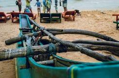 Κινηματογράφηση σε πρώτο πλάνο βαρκών του Tony, παραλία Σρι Λάνκα Στοκ φωτογραφίες με δικαίωμα ελεύθερης χρήσης
