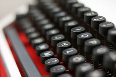 Κινηματογράφηση σε πρώτο πλάνο/λεπτομέρεια από μια εκλεκτής ποιότητας γραφομηχανή Στοκ Εικόνα