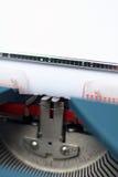 Κινηματογράφηση σε πρώτο πλάνο/λεπτομέρεια από μια εκλεκτής ποιότητας γραφομηχανή Στοκ Εικόνες