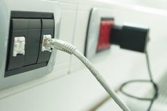 Κινηματογράφηση σε πρώτο πλάνο καλωδίων Ethernet Στοκ εικόνες με δικαίωμα ελεύθερης χρήσης
