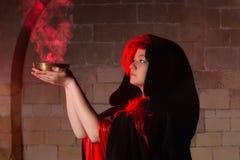 Κινηματογράφηση σε πρώτο πλάνο μιας μάγισσας Στοκ εικόνα με δικαίωμα ελεύθερης χρήσης