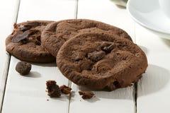 Κινηματογράφηση σε πρώτο πλάνο μπισκότων σοκολάτας Στοκ Εικόνες