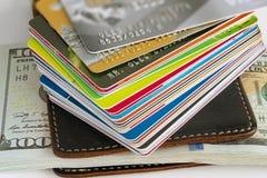 Κινηματογράφηση σε πρώτο πλάνο πιστωτικών καρτών Στοκ φωτογραφία με δικαίωμα ελεύθερης χρήσης