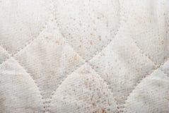 Κινηματογράφηση σε πρώτο πλάνο στην άσπρη διαμορφωμένη κλεψύδρα σύσταση υποβάθρου υφάσματος Στοκ φωτογραφία με δικαίωμα ελεύθερης χρήσης