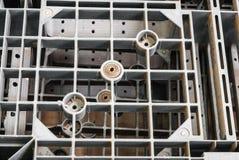 Κινηματογράφηση σε πρώτο πλάνο στην κορυφή της γκρίζας πλαστικής παλέτας Στοκ φωτογραφία με δικαίωμα ελεύθερης χρήσης