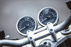 Κινηματογράφηση σε πρώτο πλάνο στοιχείων πολυτέλειας μοτοσικλετών: Μέρη μοτοσικλετών Στοκ Φωτογραφία