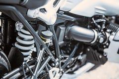 Κινηματογράφηση σε πρώτο πλάνο στοιχείων πολυτέλειας μοτοσικλετών: Μέρη μοτοσικλετών Στοκ εικόνα με δικαίωμα ελεύθερης χρήσης
