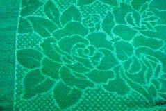 Κινηματογράφηση σε πρώτο πλάνο στο μεγάλο πράσινο υπόβαθρο υφάσματος λουλουδιών τριαντάφυλλων Στοκ φωτογραφίες με δικαίωμα ελεύθερης χρήσης