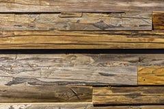Κινηματογράφηση σε πρώτο πλάνο της παλαιάς shabby ξύλινης ηλικίας κινηματογράφησης σε πρώτο πλάνο σανίδων Ξύλινη σύσταση με τις γ Στοκ Φωτογραφία