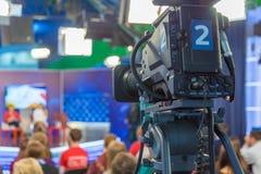 Κινηματογράφηση σε πρώτο πλάνο τηλεοπτικής κάμερα Στοκ Φωτογραφία