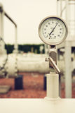 Κινηματογράφηση σε πρώτο πλάνο του μανόμετρου, που μετρά την πίεση αερίου Στοκ φωτογραφία με δικαίωμα ελεύθερης χρήσης