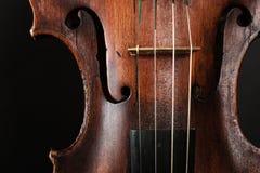 Κινηματογράφηση σε πρώτο πλάνο του οργάνου βιολιών. Τέχνη κλασικής μουσικής Στοκ Φωτογραφίες