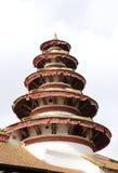 Κινηματογράφηση σε πρώτο πλάνο του στρογγυλού πύργου στη γωνία στο ρινικό προαύλιο Chowk της πλατείας Hanuman Dhoka Durbar Στοκ Εικόνες