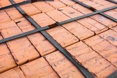 Κινηματογράφηση σε πρώτο πλάνο του σωρού τούβλων πυριτικών αλάτων Στοκ φωτογραφία με δικαίωμα ελεύθερης χρήσης