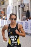 Κινηματογράφηση σε πρώτο πλάνο του τρεξίματος της Anja Knapp triathlete Στοκ φωτογραφία με δικαίωμα ελεύθερης χρήσης