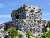 Κινηματογράφηση σε πρώτο πλάνο του των Μάγια ναού σε Tulum, Μεξικό Στοκ φωτογραφία με δικαίωμα ελεύθερης χρήσης