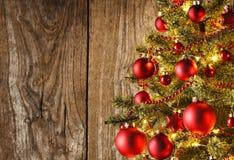 Κινηματογράφηση σε πρώτο πλάνο του χριστουγεννιάτικου δέντρου Στοκ εικόνες με δικαίωμα ελεύθερης χρήσης