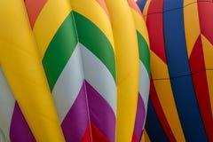 Κινηματογράφηση σε πρώτο πλάνο των μπαλονιών ζεστού αέρα που διογκώνονται Στοκ Εικόνα