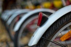 Κινηματογράφηση σε πρώτο πλάνο των ροδών ποδηλάτων Στοκ Εικόνες