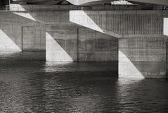 Κινηματογράφηση σε πρώτο πλάνο υποστήριξης γεφυρών Στοκ φωτογραφία με δικαίωμα ελεύθερης χρήσης
