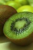Κινηματογράφηση σε πρώτο πλάνο φρούτων ακτινίδιων Στοκ Εικόνες