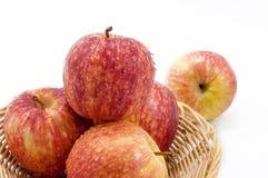Κινηματογράφηση σε πρώτο πλάνο φρούτων της Apple που απομονώνεται Στοκ εικόνες με δικαίωμα ελεύθερης χρήσης