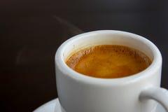 Κινηματογράφηση σε πρώτο πλάνο Espresso Στοκ Φωτογραφία