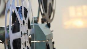 κινηματογράφος προβολέων ταινιών 35mm απόθεμα βίντεο