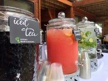 Κινητά Bartenders κοντά σε με κοβάλτιο Englewood στοκ εικόνες