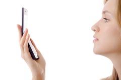κινητές νεολαίες τηλεφ&omeg Στοκ φωτογραφίες με δικαίωμα ελεύθερης χρήσης