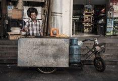 Κινητές τηγανιτές πατάτες, Σαγκάη Στοκ Φωτογραφίες