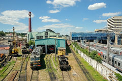 Κινητήρια αποθήκη και ένας σταθμός στο σταθμό Ροστόφ ο κεντρικός αγωγός Στοκ Φωτογραφίες