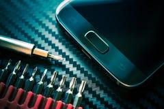 Κινητή βελτίωση τηλεφωνικής επισκευής στοκ φωτογραφία με δικαίωμα ελεύθερης χρήσης