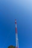 Κινητή τηλεφωνική περιοχή στο καθαρισμένο υπόβαθρο ουρανού Στοκ Εικόνες