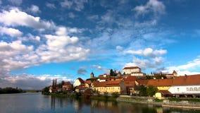 Κινούμενα σύννεφα επάνω από Ptuj, Σλοβενία απόθεμα βίντεο