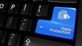 Κινούμενη κίνηση προστασίας δεδομένων στο κουμπί πληκτρολογίων υπολογιστών απόθεμα βίντεο