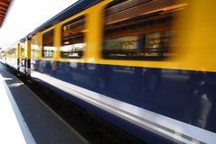 κινούμενο τραίνο στοκ φωτογραφία με δικαίωμα ελεύθερης χρήσης